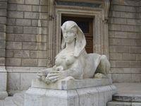 Piroska0127: Az Operaház szfinxe