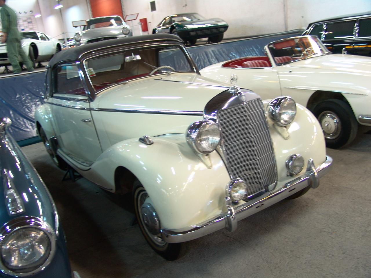 Iranian car museum, Karaj,July13,2010 046